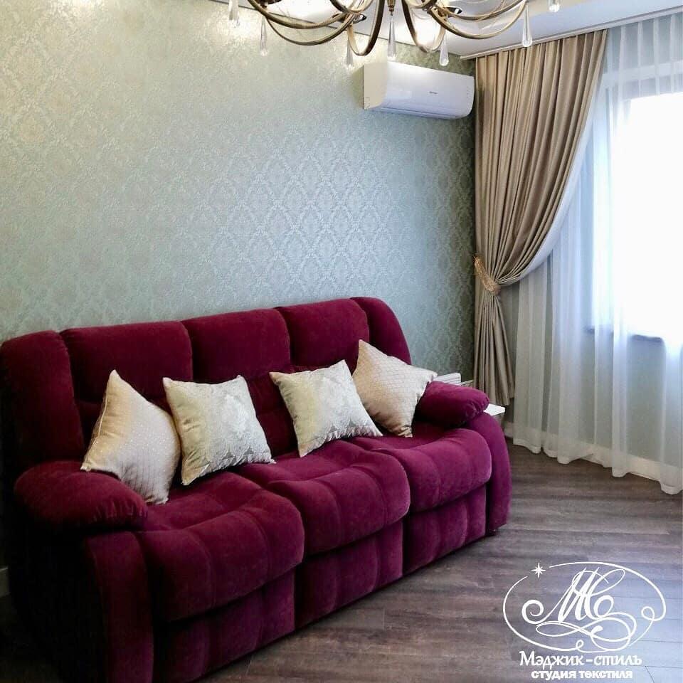 Декоративные подушки, подхваты